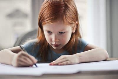 5 atividades motoras para promover a pega do lápis